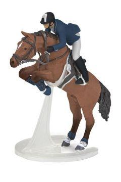 Koń skaczący z jeźdźcem