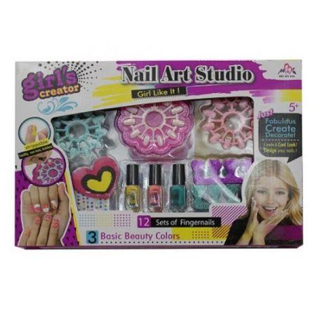Studio paznokci do zabawy w pudełku